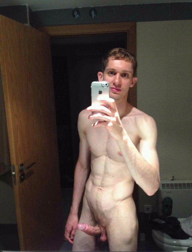 Ginger Guy Is Showing His Pretty Cock - Nude Man Picture