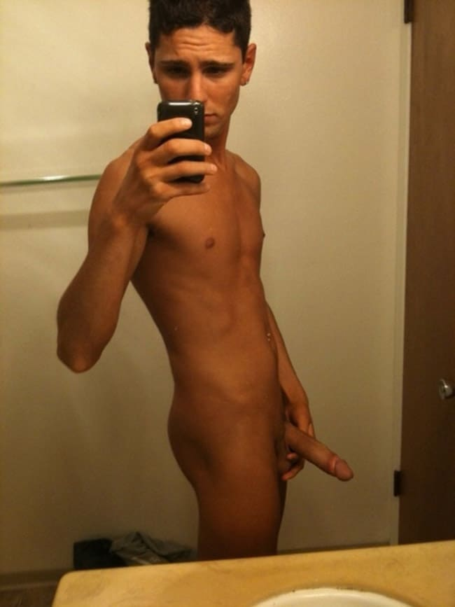 Sexy Teen Boy Took A Photo Of His Dick - Nude Man Picture