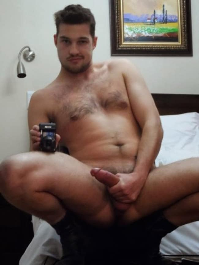 sexy guy jerking off